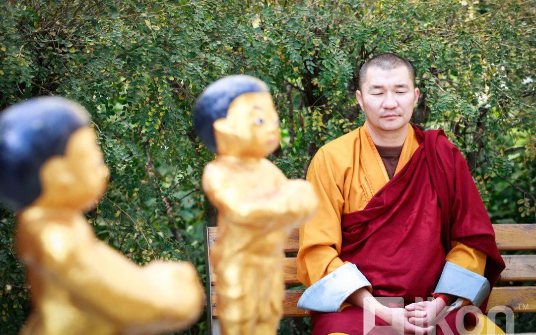 Д.Нямсамбуу: Буддын шашинд итгэл хоёр янзаар төрнө
